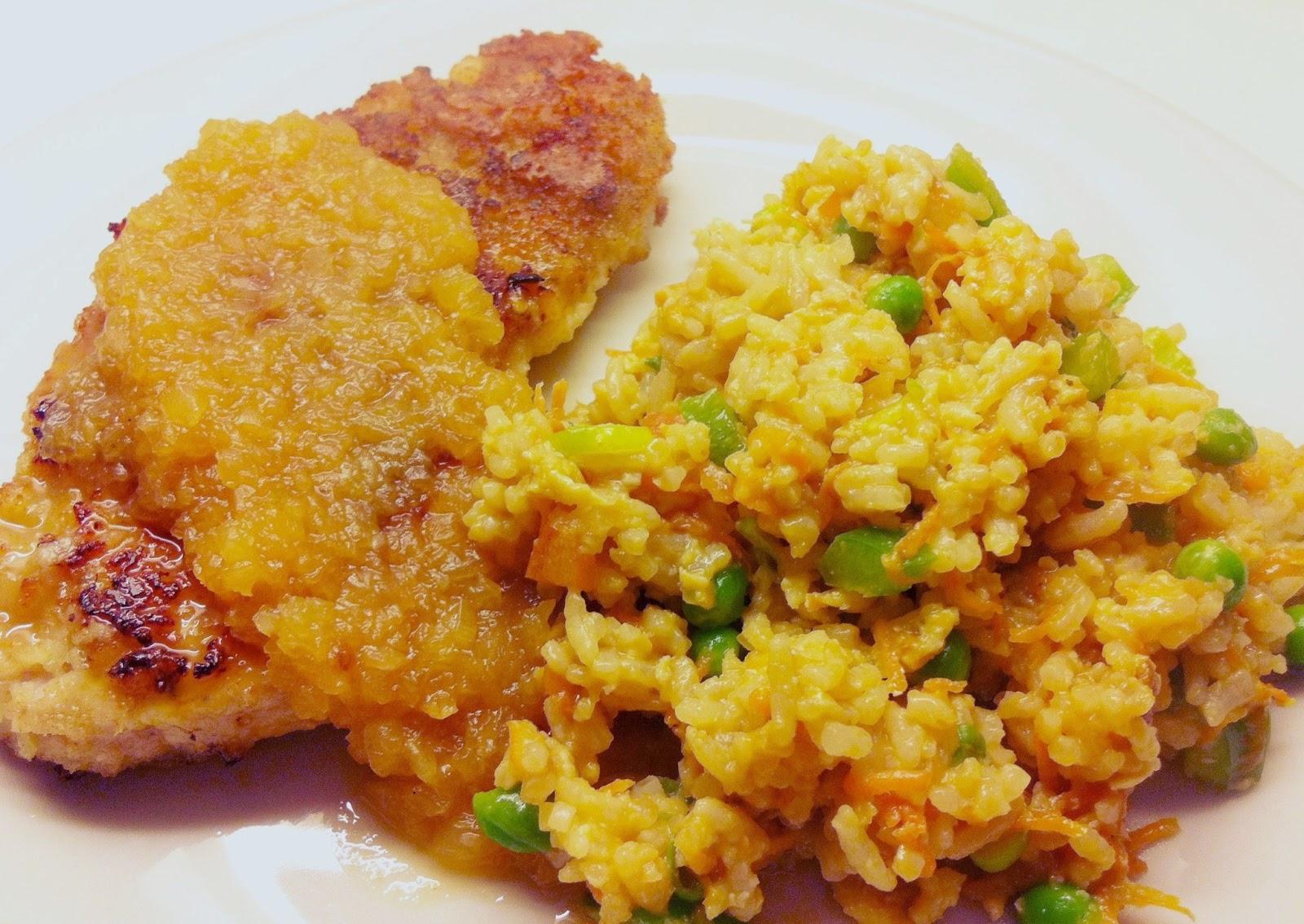 Crispy korteletter med egg fried rice