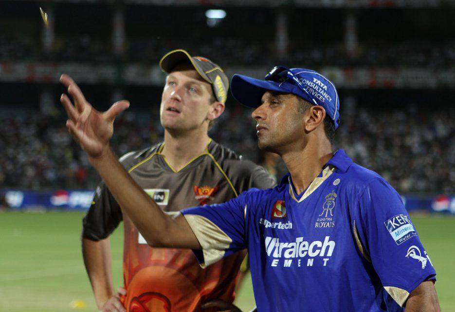 Rahul-Dravid-Cameron-White-RR-vs-SRH-Eliminator-IPL-2013
