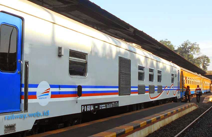Kereta Pembangkit livery Kesepakatan