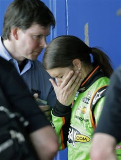 Danica Patrick bows out of Nationwide race; ready for Daytona 500