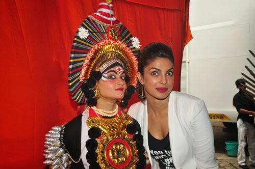 Priyanka Chopra at Jhalak Dikhhla Jaa 7 For Mary Kom Promotion Gallery