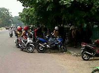 Foto Lokasi pemerkosaan di Jalan Jafri Zamzam, Banjarmasin jadi tontonan {focus_keyword} Lokasi Pemerkosaan Anak SMP Banjarmasin Jadi Tontonan lokasi pemerkosaan