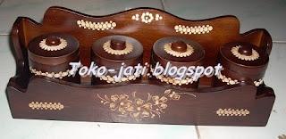 http://toko-jati.blogspot.com/2013/01/tempat-bumbu-dapur-unik.html