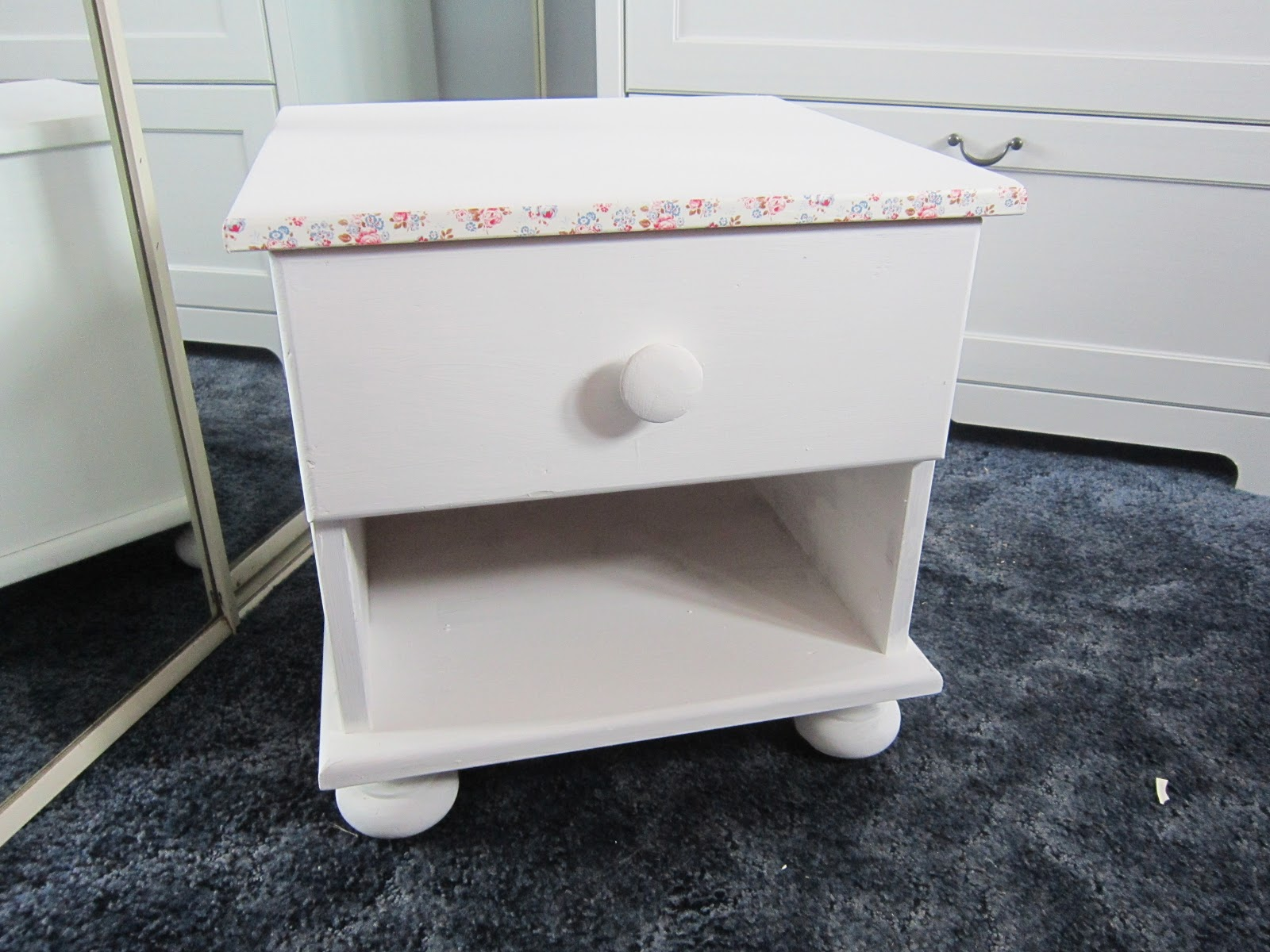 Lifestyle Blog: DIY Small Table Chest Revamp Cath Kidston Style. Full resolution  image, nominally Width 1600 Height 1200 pixels, image with #775954.