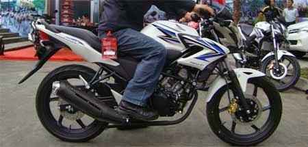 modifikasi Honda CB150 dengan knalpot Vixion
