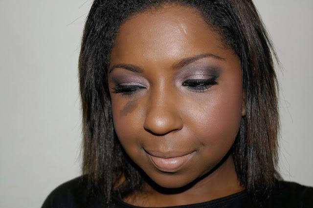 maquiagem-nude-esfumada-para-arrasar-blush-quem-disse-berenice-rosex-batom-nudita-tutorial