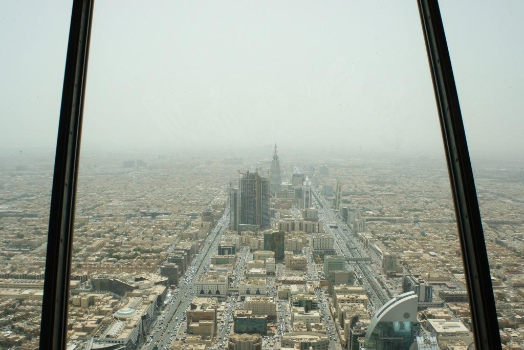 Gulf encounters up in the air for Burj al mamlakah