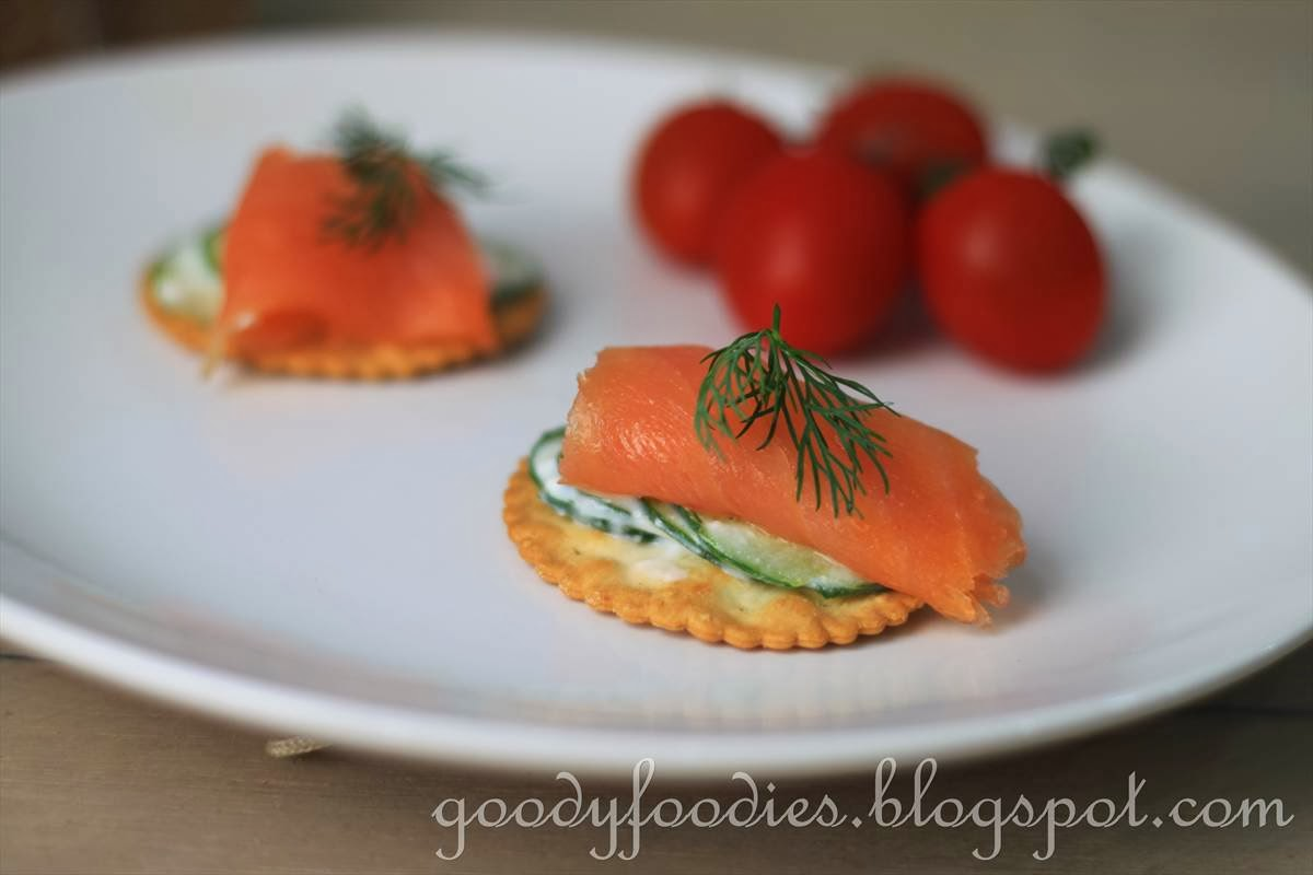 Recipe: Smoked Salmon And Yogurt Cucumber Canap�s