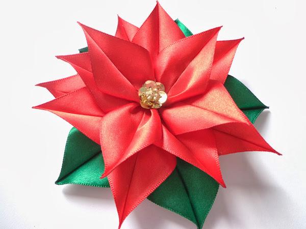 Flor de navidad aprender manualidades es for Cintas de navidad