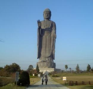 Monumen Patung Paling Keren di Dunia