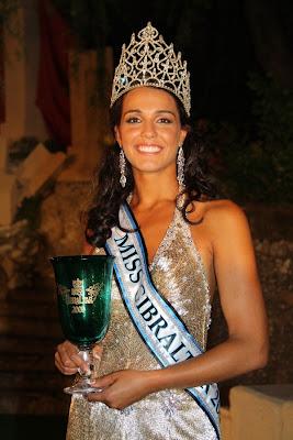 http://3.bp.blogspot.com/-IxAYsboKMyM/USevolJNiTI/AAAAAAAABZY/q7aCMHpjFNQ/s1600/Miss-World-2009-Kaiane-Aldorino.jpg