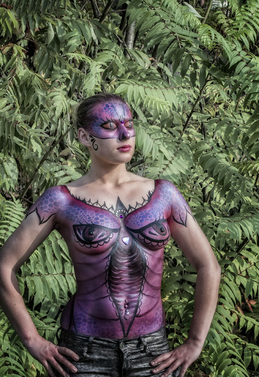 Body painting in Elfia 2013 Kasteeltuinen Arcen