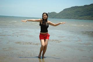 Nisha Kotari Latest  Pics 027