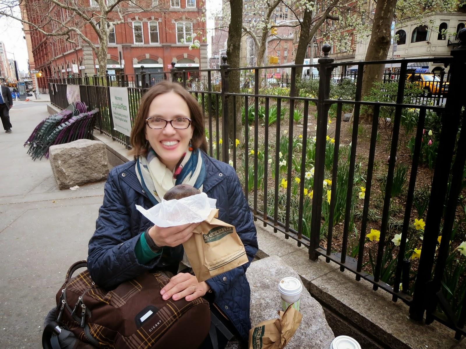 Jennifer - Dr. J - Travel Blogger - Sidewalk Safari