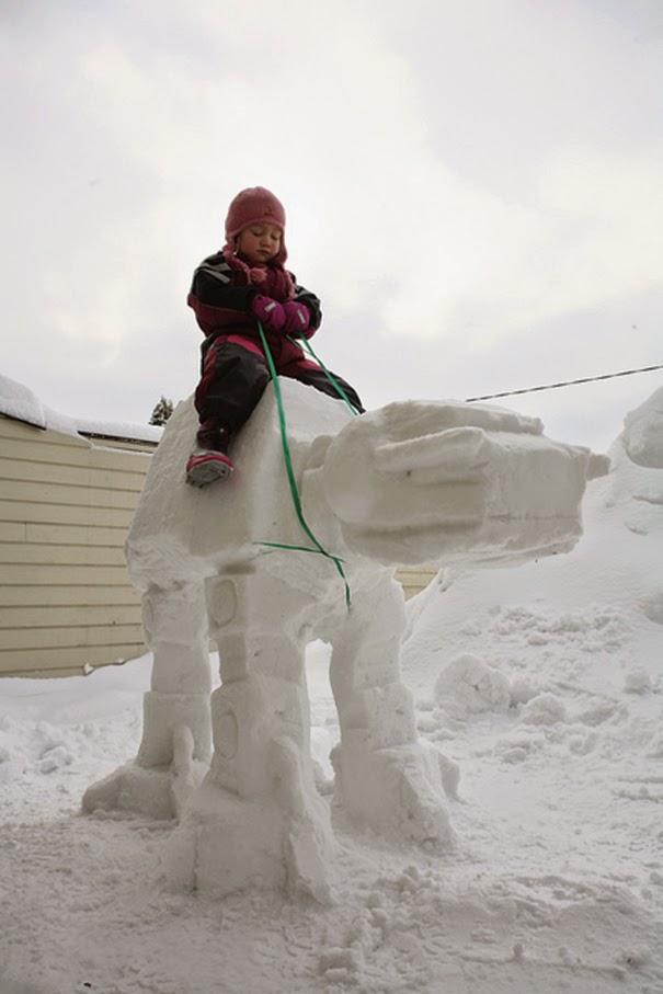 snow art sculpture