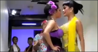 Julia Perez VS Depe Dewi Persik