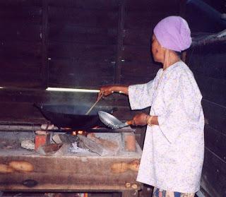 Dapur kayu - Masakan Yang Paling Sedap di Dunia