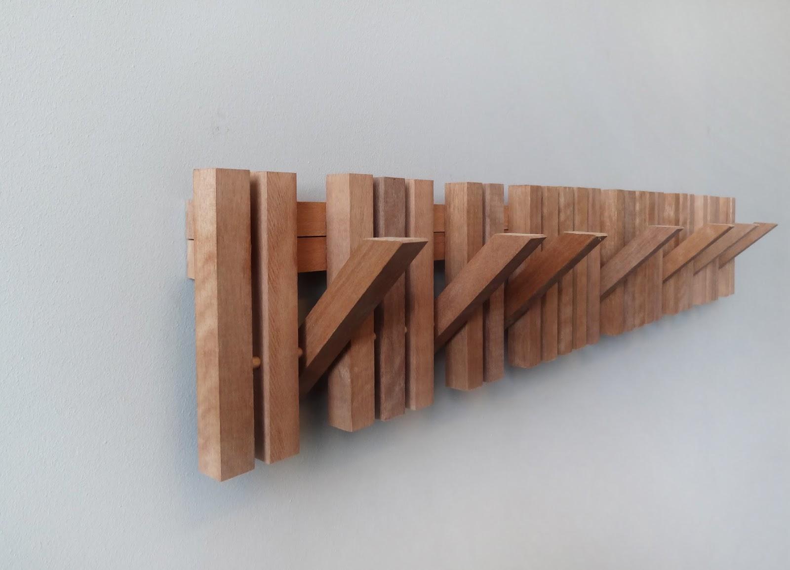 Sumaysuma marimba colgador de pared dise o inteligente for Colgadores para perchas