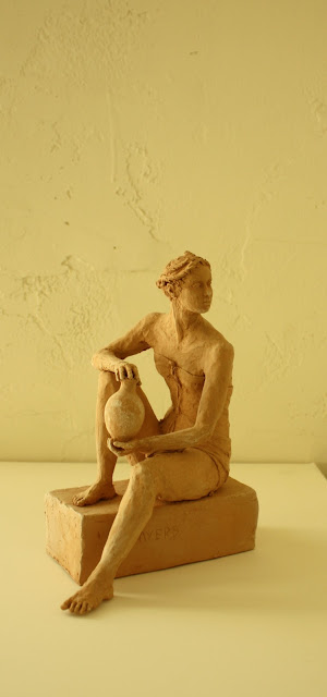 woman, vase, sculpture, art, arte, artist, ceramic, Tanagra, figure, figurative, S. Myers, Sarah Myers, poise