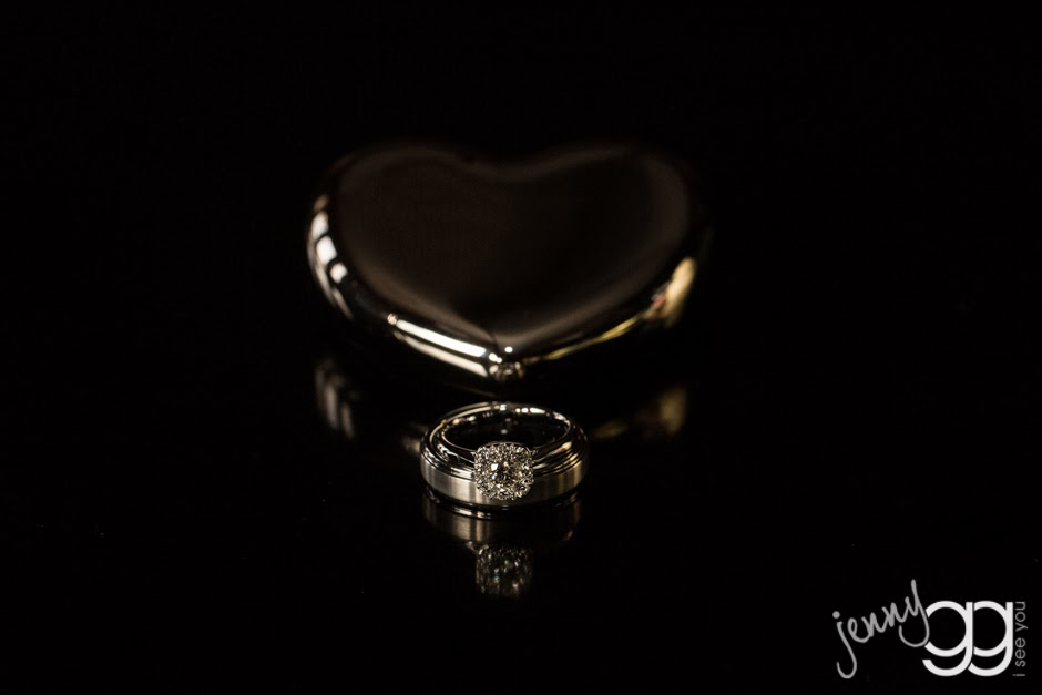 Linda's wedding ring - Posted by Patricia Stimac, Seaettle Wedding Officiant