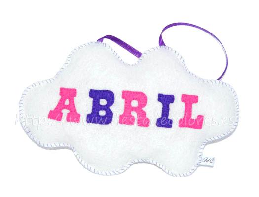 Colgador nube abril