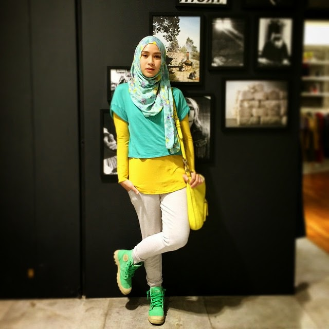 10 Gaya Crop Top Hijab Fashion Hijabers Indonesia