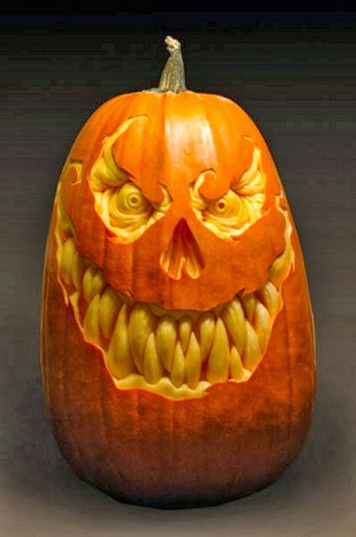 08-Halloween-The-Pumpkins-Villafane-Studios-Ray-Villafane-Sculpting-www-designstack-co
