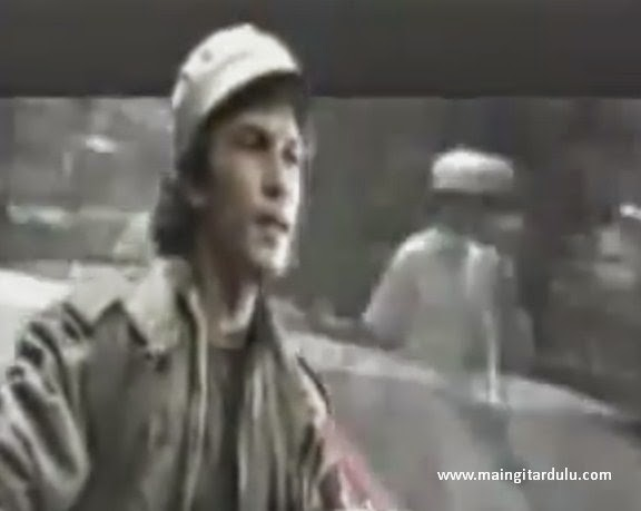 Terminal - Iwan Fals feat Franky Sahilatua