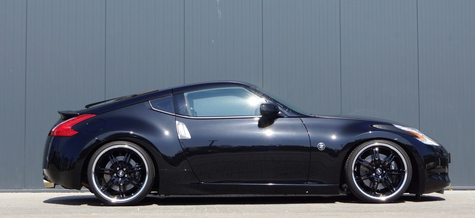 all cars nz 2013 nissan 370z by senner tuning. Black Bedroom Furniture Sets. Home Design Ideas