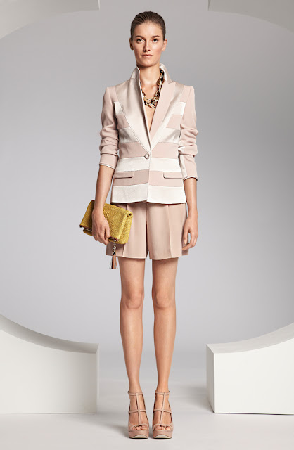 escada çizgili ceket, krem rengi kumaş bol kesim şort