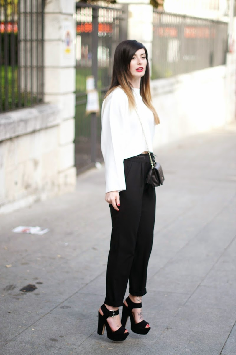 BLACK AND WHITE LOOK, ZARA CROP TOP, PURIFICACION GARCIA, NEGRO Y BLANCO, EVENTO GUADALAJARA, ZAPATERIA LOMA´S, EVENTO BLOGGERS, PANTALON ZARA NEGRO, CROP TOP