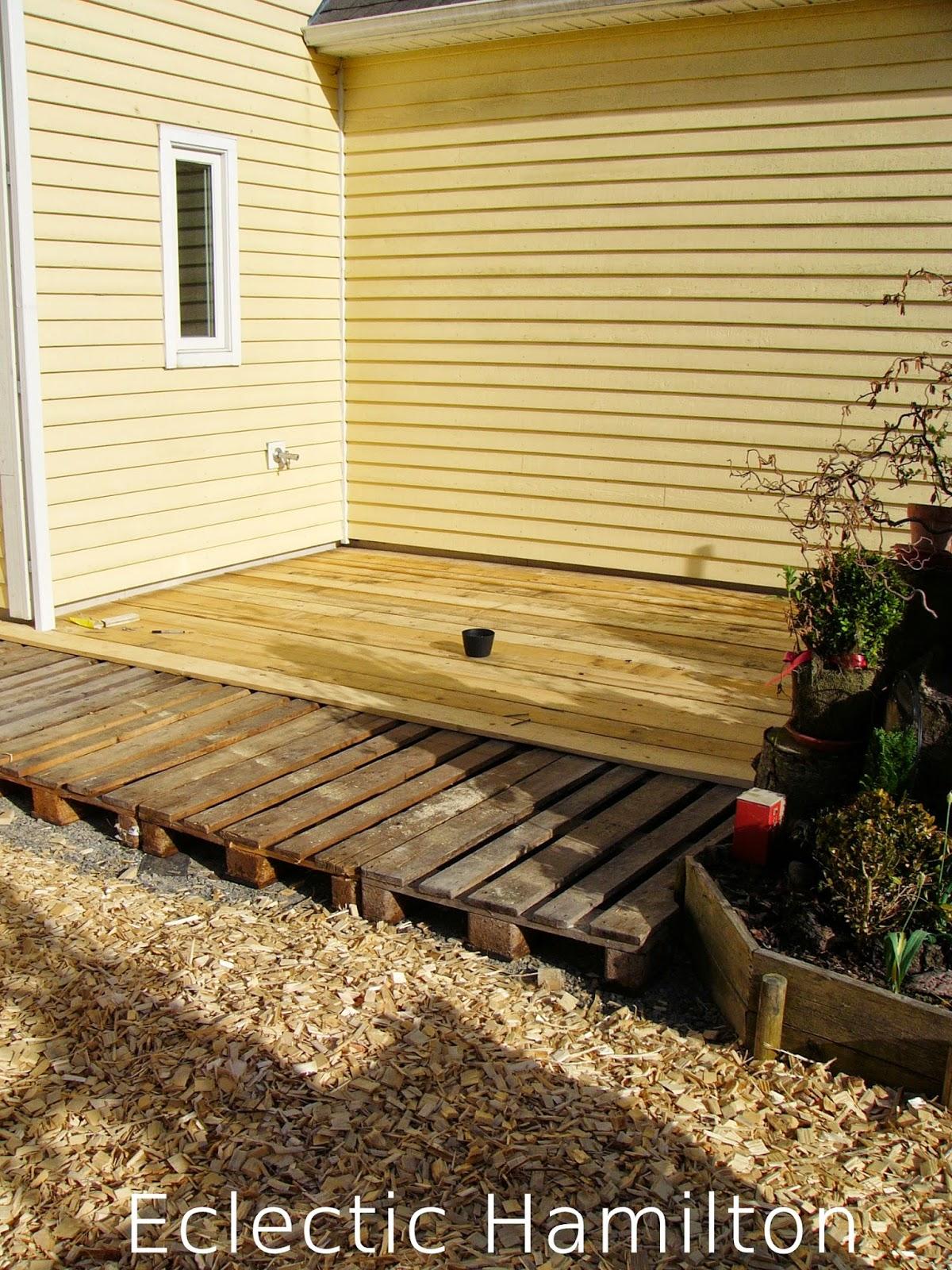 DIY Terrasse aus Euro Paletten   Mrs Greenery