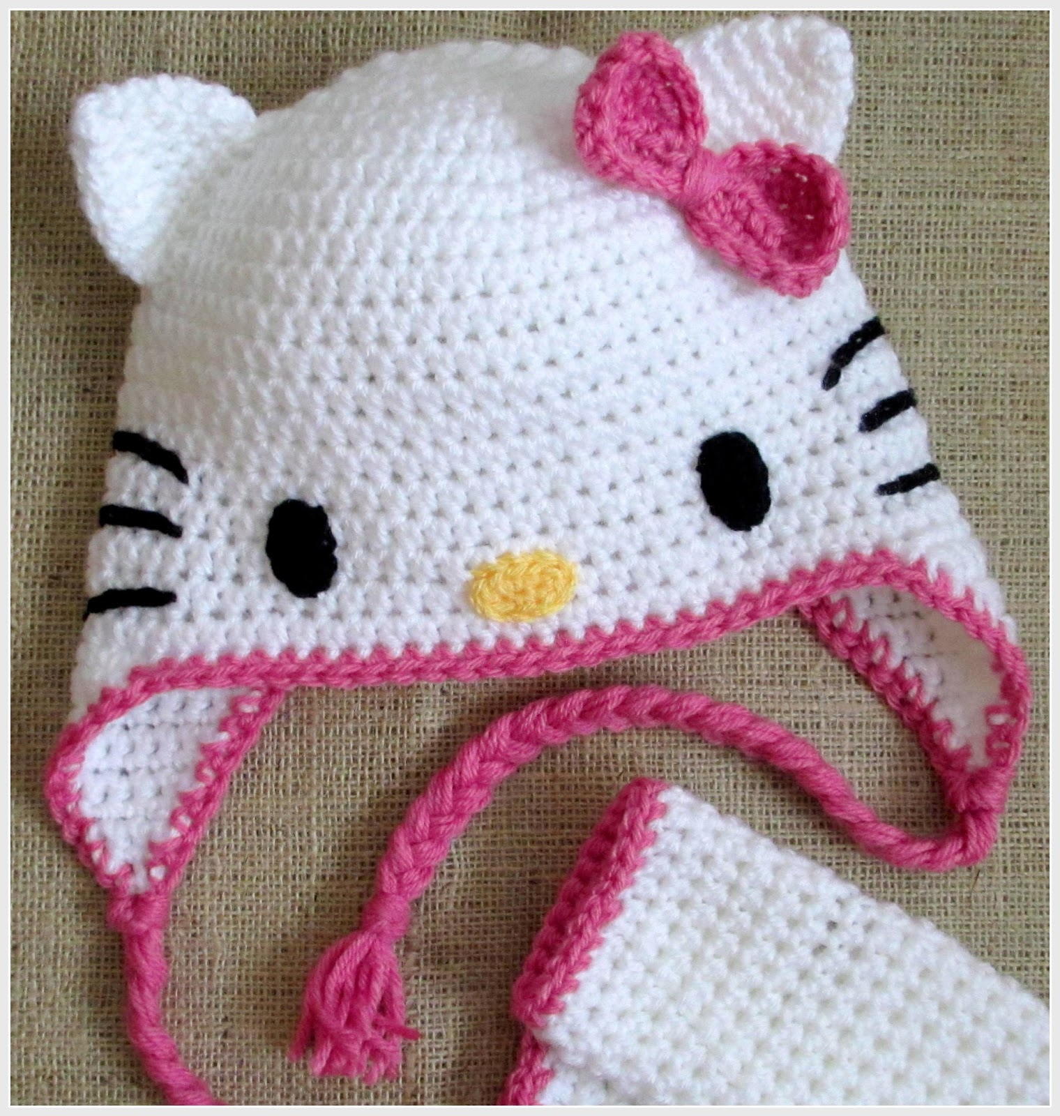Free Crochet Pattern Hello Kitty Hat : hoffee and a nuffin: Hello Kitty - Cat Ears Tutorial