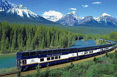 New and Latest Natural Desktop Wallpapers 2011 2012: Canada Train
