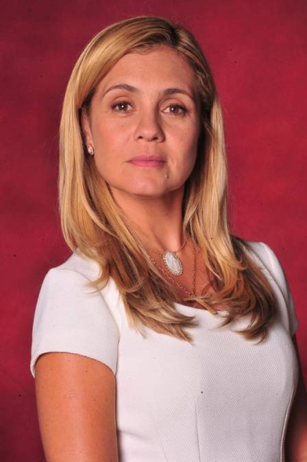 Adriana Esteves A Melhor Atriz E Uma Das Mulheres Que Fizeram