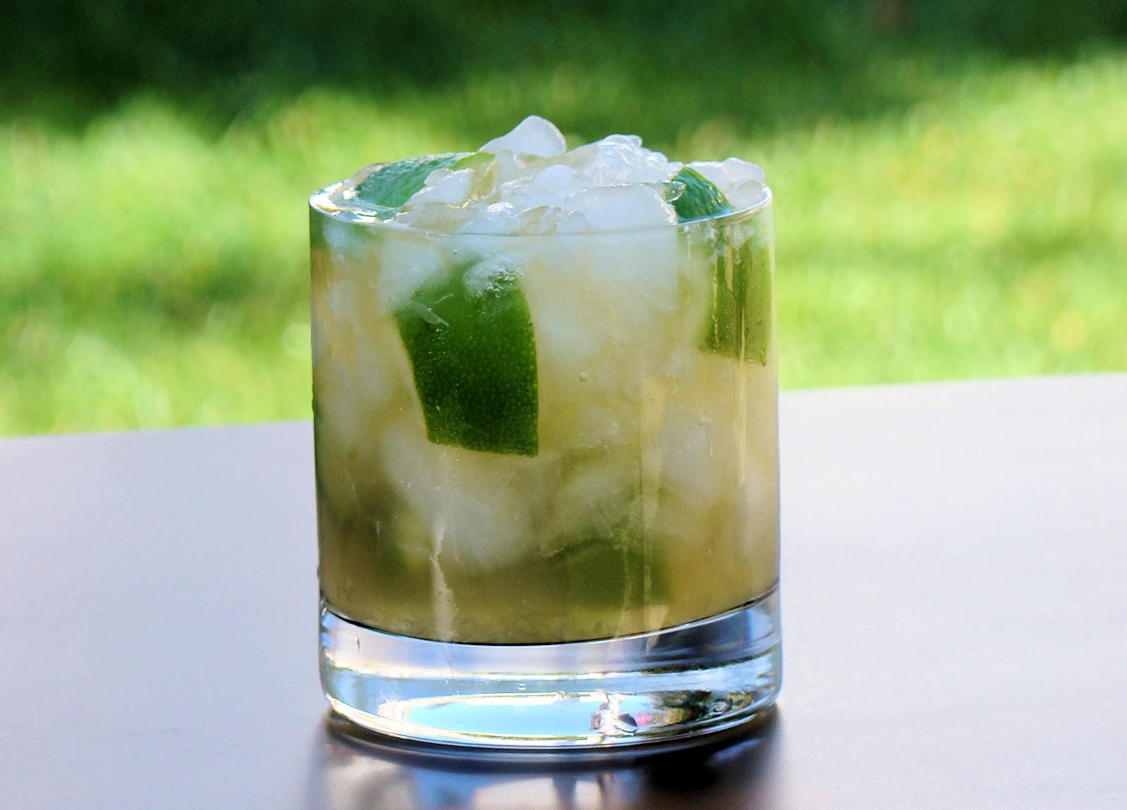 Savoir Faire: Rumpirinha, the Rum Version of the Classic ...