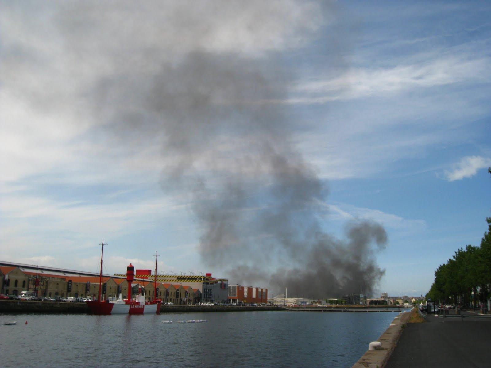 jean michel harel panache de fum 233 e le havre 7 juin 2011 port du havre