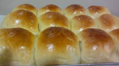 Jes's Deli Corner: Japanese Cream Buns