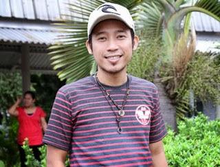 Profil dan Biodata Denny Cagur