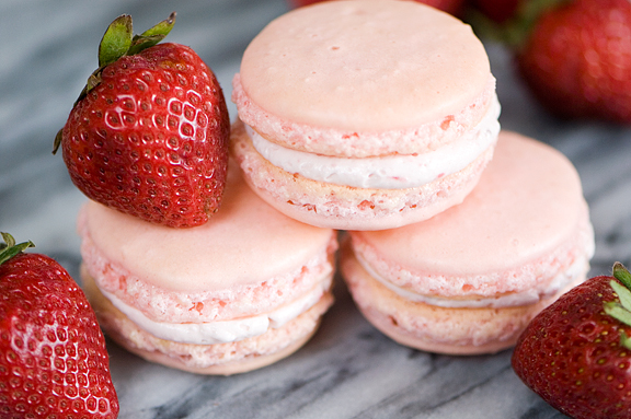 Strawberry Macaron Makeup