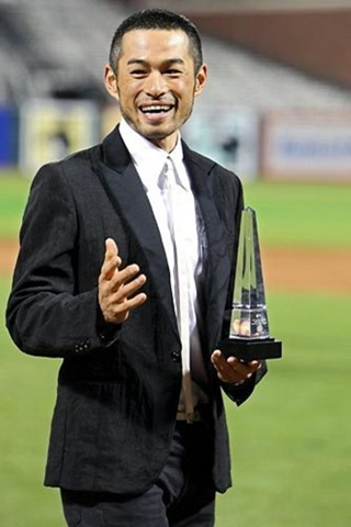 Miss World Ijonk: Ichiro Suzuki Japanese Baseball Player Pictures