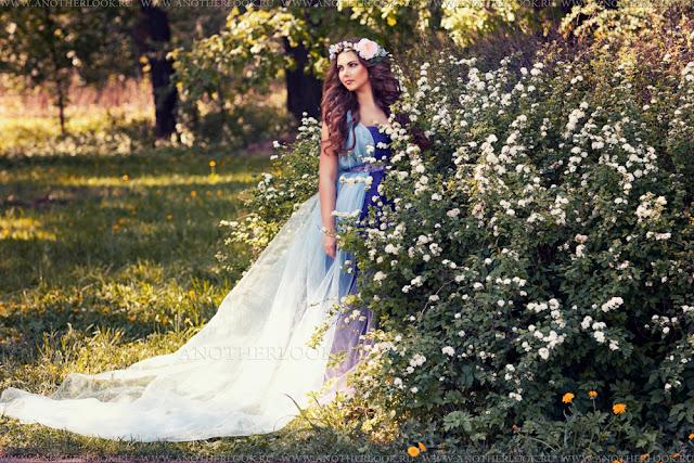 красивая фотосессия в цветущем саду