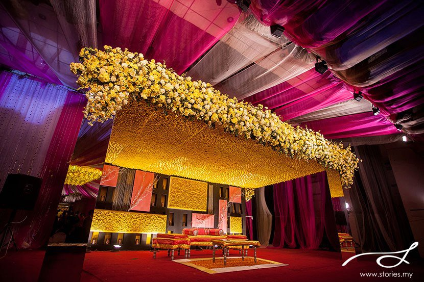 dulhan bed decoration mehndi stage shadi arrangements