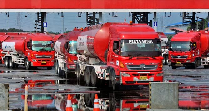 Truk Tanker Pertamina