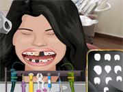 Selena Perfect teeth