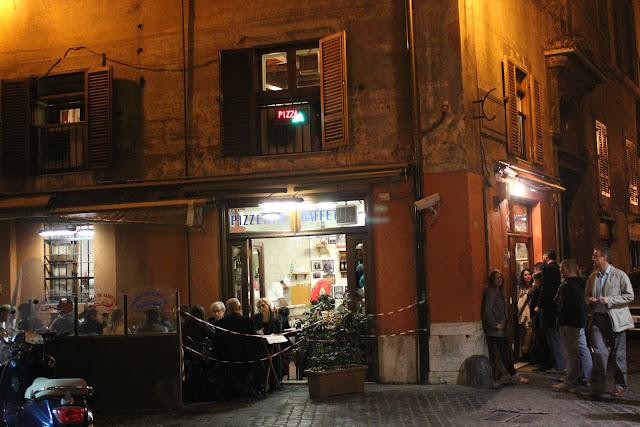Pizzeria da Baffetto, Rome, Italy