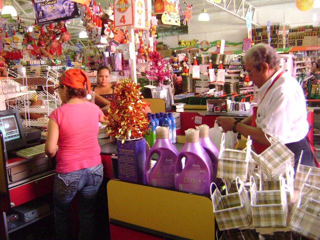 M xico a trav s de la mirada de una cubana tiendas waldo - Accesorios para supermercados ...