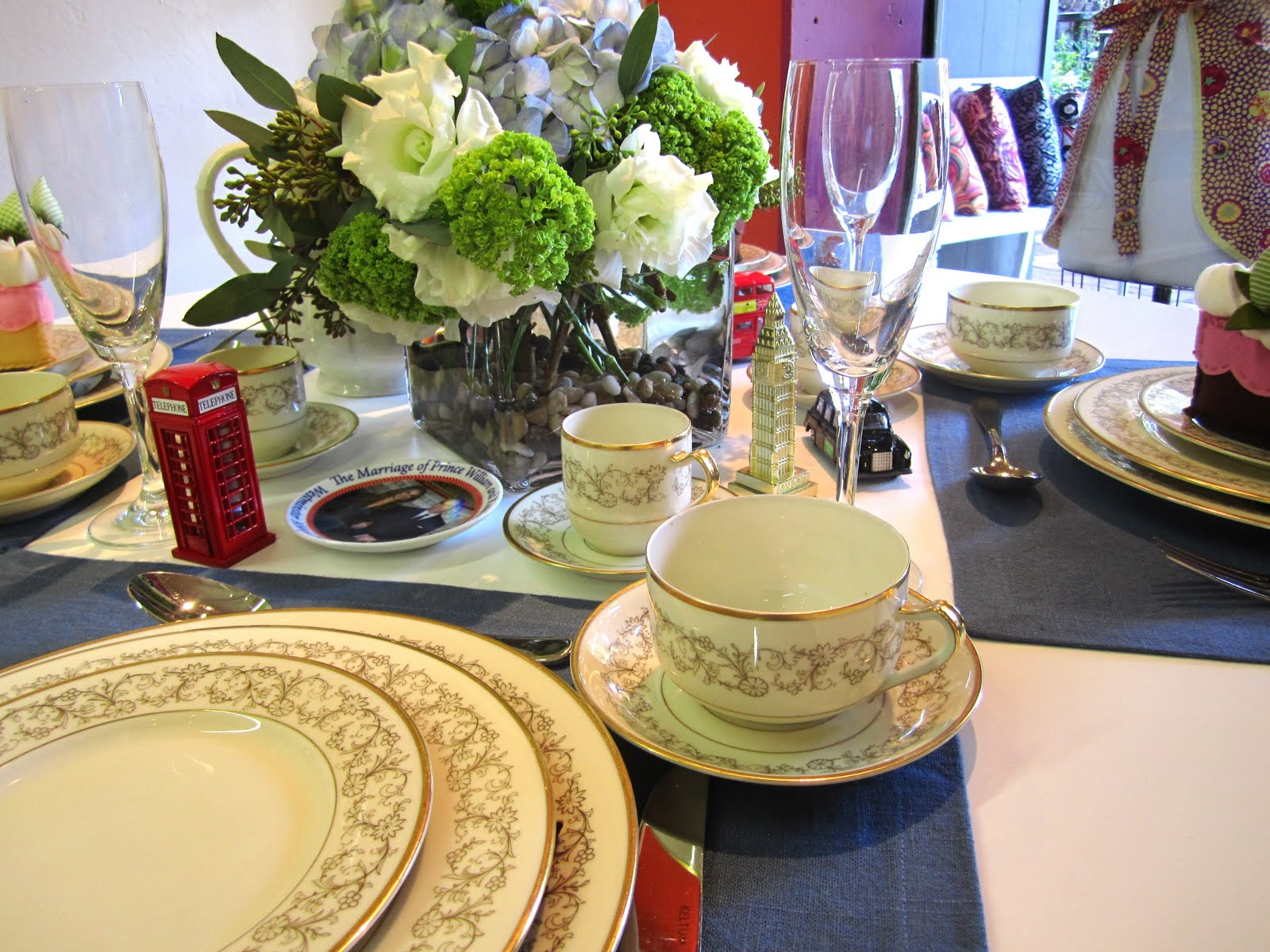 What a wonderfully regal event to celebrate using our  Crowns  dinner napkins draped off the table like royal banners and vintage gold trimmed china - a ... & Picking Daisies Modern Quilting Sewing Fabric + Napkins: Table ...