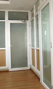 pintu kaca uPVC untuk partisi Kantor