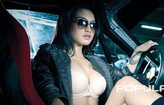 hot Model Popular Agista Putri Rising Star Juli 2012 [PIC]